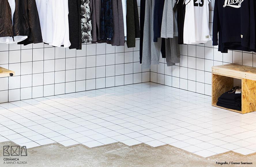 011-Suit-tienda-detalles cerámicos-ceramica a mano alzada