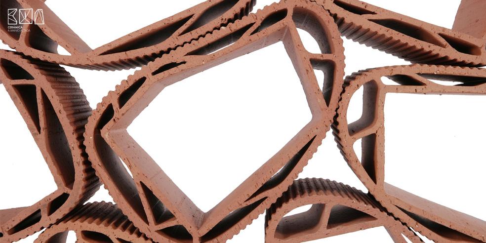 Cerámica a mano alzada_Fossile_Extrusión cerámica_detalle