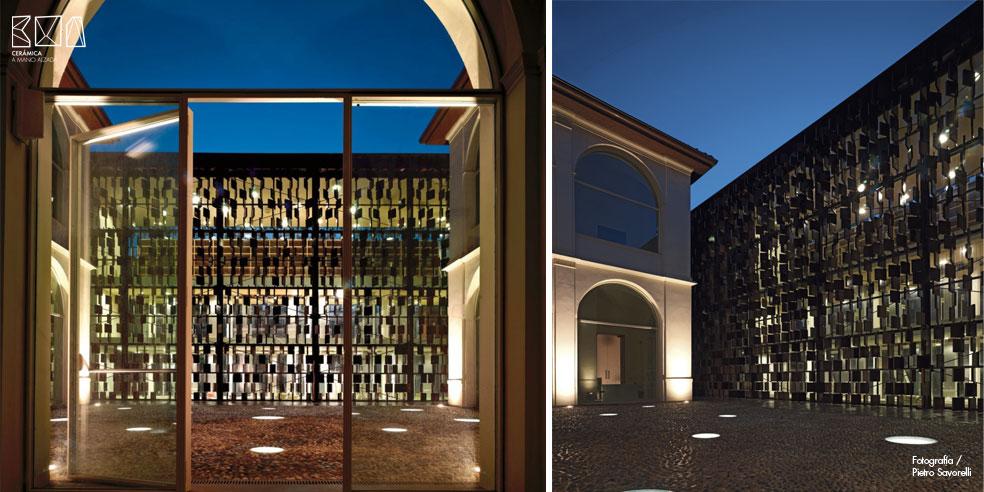 08_Cerámica-a-mano-alzada_Biblioteca di Nembre_Archea-noche